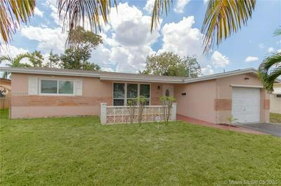 7550 ALHAMBRA BLVD, MIRAMAR, FL 33023 - Photo 2