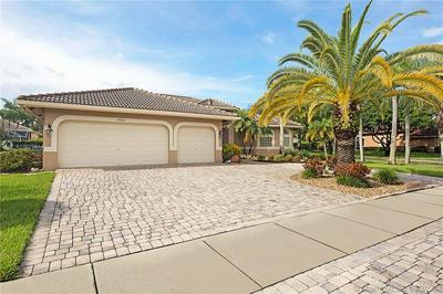 4929 KENSINGTON CIR, Coral Springs, FL 33076 - Photo 2