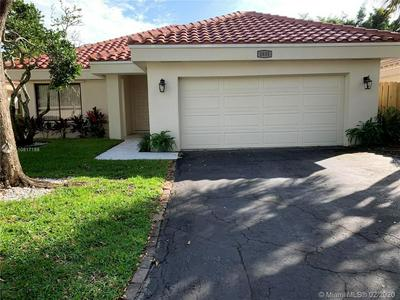 1835 NW 93RD WAY, PLANTATION, FL 33322 - Photo 1