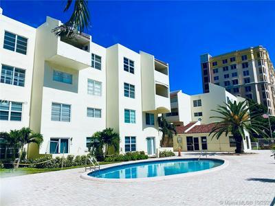 2860 NE 14TH STREET CSWY APT 206D, Pompano Beach, FL 33062 - Photo 1