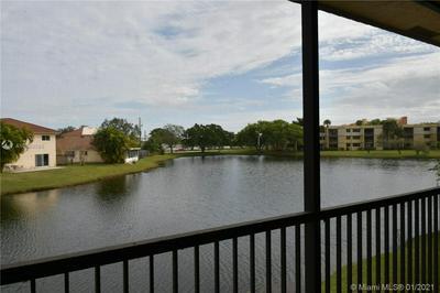 374 LAKEVIEW DR APT 203, Weston, FL 33326 - Photo 1