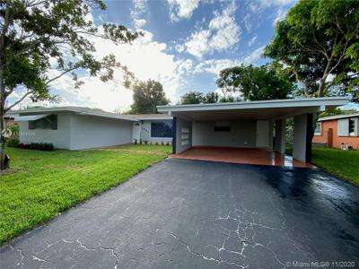 1021 SW 39TH AVE, Fort Lauderdale, FL 33312 - Photo 2
