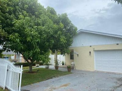 5913 WILEY ST, Hollywood, FL 33023 - Photo 2