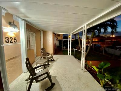 325 NW 20TH AVE, MIAMI, FL 33125 - Photo 2