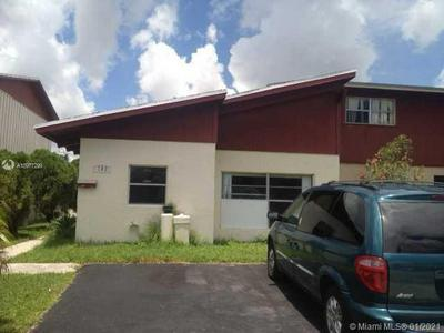 702 SW 80TH TER # 702, North Lauderdale, FL 33068 - Photo 1