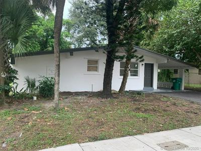 4265 NW 183RD ST, Miami Gardens, FL 33055 - Photo 2