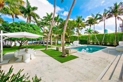 6455 ALLISON RD, MIAMI BEACH, FL 33141 - Photo 2