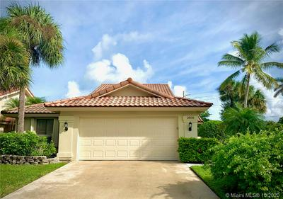 2805 EAGLE LN, West Palm Beach, FL 33409 - Photo 1