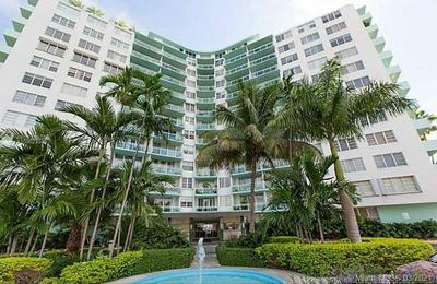 3301 NE 5TH AVE APT 909, Miami, FL 33137 - Photo 1