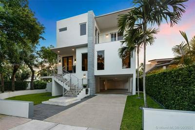 1835 FAIRHAVEN PL, Miami, FL 33133 - Photo 2