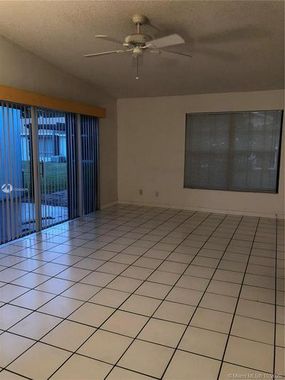 5442 LAKEWOOD CIR S APT D, Margate, FL 33063 - Photo 2
