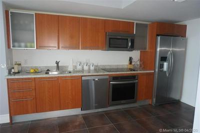185 SW 7TH ST 2006, MIAMI, FL 33130 - Photo 2
