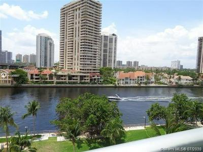 19390 COLLINS AVE APT 709, Sunny Isles Beach, FL 33160 - Photo 2