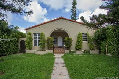 535 W 29TH ST, MIAMI BEACH, FL 33140 - Photo 1