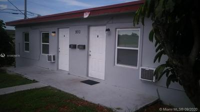 900 W 9TH ST APT B, Riviera Beach, FL 33404 - Photo 1