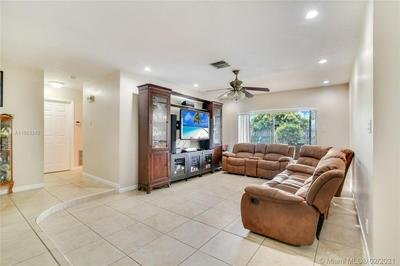 7560 NW 13TH CT, Plantation, FL 33313 - Photo 2