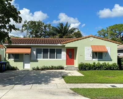813 SE 11TH CT, Fort Lauderdale, FL 33316 - Photo 1