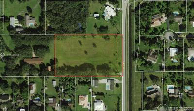 136 SW AVE, Davie, FL 33325 - Photo 2