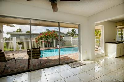 10580 NW 26TH PL, SUNRISE, FL 33322 - Photo 2