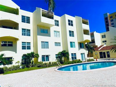 2860 NE 14TH STREET CSWY APT 206D, Pompano Beach, FL 33062 - Photo 2