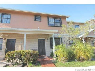 10609 NW 8TH ST, Pembroke Pines, FL 33026 - Photo 1