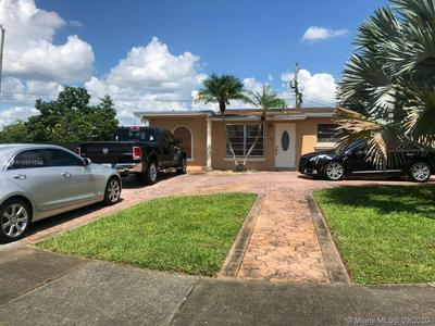 5451 NW 176TH ST, Miami Gardens, FL 33055 - Photo 2