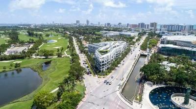 2001 MERIDIAN AVE APT 318, Miami Beach, FL 33139 - Photo 2
