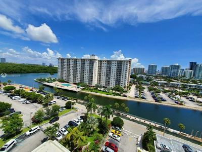500 BAYVIEW DR APT 1023, Sunny Isles Beach, FL 33160 - Photo 1