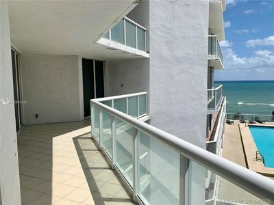 16425 SE COLLINS AVE 512, Sunny Isles Beach, FL 33160 - Photo 2