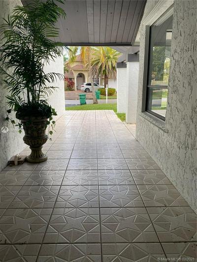 12900 SW 117TH ST, Miami, FL 33186 - Photo 2