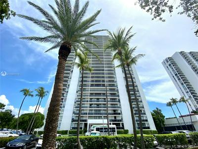 3625 N COUNTRY CLUB DR APT 210, Aventura, FL 33180 - Photo 1
