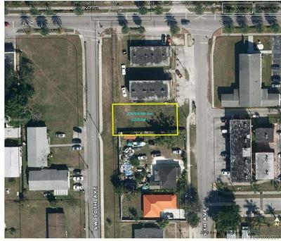426 SW 9TH AVE, Homestead, FL 33030 - Photo 1