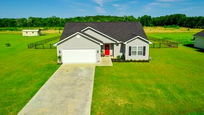 5716 MEADOW WOOD DR, Blackshear, GA 31516 - Photo 2