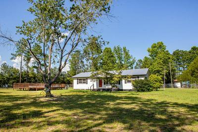 5760 SANDHILL RD, Waycross, GA 31503 - Photo 1