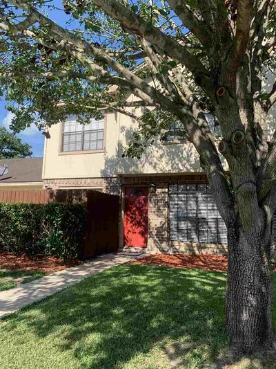3591 BRIAR CREEK DR, Beaumont, TX 77706 - Photo 2