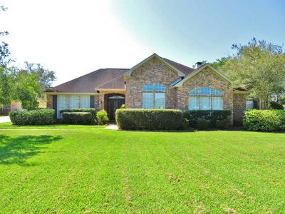 11010 MCMOORE LN, BEAUMONT, TX 77713 - Photo 2