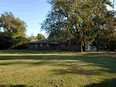 235 FOUR OAKS RANCH RD, Vidor, TX 77662 - Photo 2