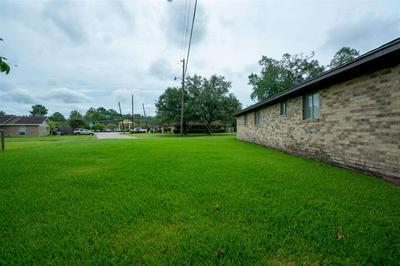 1800 BEVERLY AVE, Orange, TX 77632 - Photo 2