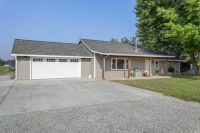 22394 LONE TREE RD, Anderson, CA 96007 - Photo 2