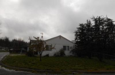 151 1ST AVE, Lewiston, CA 96052 - Photo 2