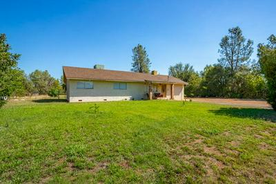 17682 FLOWERS LN, Anderson, CA 96007 - Photo 2