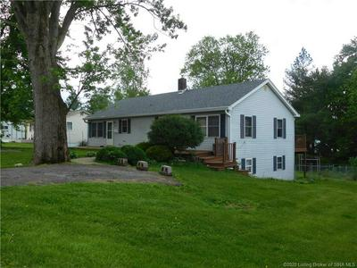 810 N COLLEGE AVE, Salem, IN 47167 - Photo 1