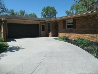 2435 GREENHILLS DR, Madison, IN 47250 - Photo 1