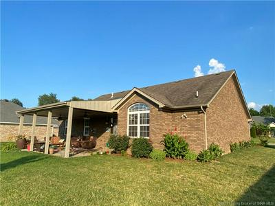 5309 CHATEAU CT, Jeffersonville, IN 47130 - Photo 2