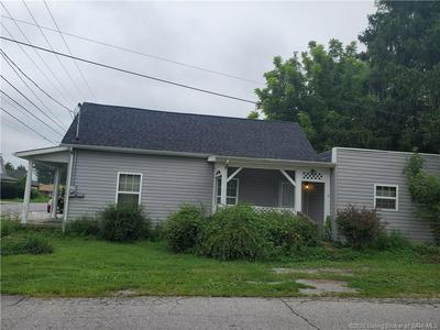 193 W OWEN ST, Scottsburg, IN 47170 - Photo 2