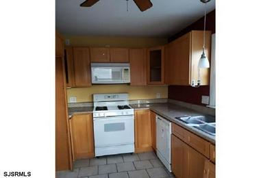 174 KANSAS RD, PENNSVILLE, NJ 08070 - Photo 2