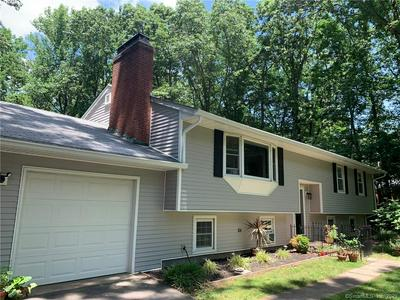 3 WOODHAVEN DR, Portland, CT 06480 - Photo 1