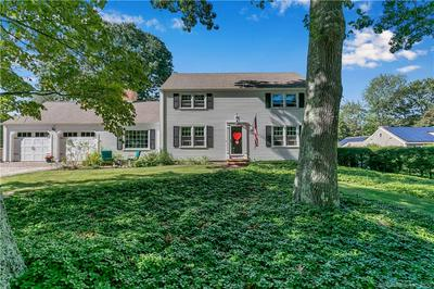 5 MONTICELLO DR, East Lyme, CT 06333 - Photo 2