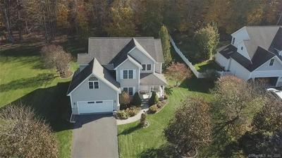 18 HARVEST LN, Bloomfield, CT 06002 - Photo 2
