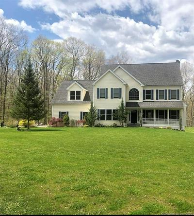 5 INDIAN MEADOWS DR, Guilford, CT 06437 - Photo 1
